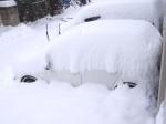 屋根のない駐車場で雪が降ると・・・